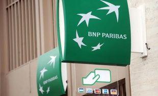 Le logo de la BNP Paribas devant une agence