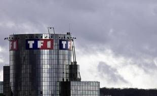 """Critiquée pour avoir diffusé des extraits d'enregistrements audio entre Mohamed Merah et les policiers, qui lui valent une convocation devant le CSA mardi, la chaîne TF1 s'est justifiée lundi en soutenant qu'ils contenaient des """"informations très importantes""""."""