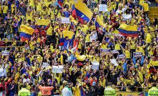 Les supporters colombiens sont venus en nombre jeudi au stade d'El Campin de Bogota pour accueillir leur sélection, défaite en 8es de finale du Mondial contre l'Angleterre.