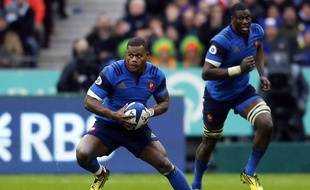 France's winger Virimi Vakatawa looks to make a break in front of his teammate Yacouba Camara (background) during the Six Nations international rugby union match between France and Ireland at Stade de France in Saint-Denis, north of Paris, FRANCE - 13/02/2016. /JEE_fcirl.17/Credit:J.E.E/SIPA/1602142158