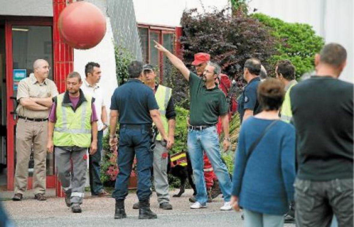 Deux cents fonctionnaires de police aidés de chiens pisteurs et de sapeurs-pompiers recherchent les deux cousins. –  S. ORTOLA / 20 MINUTES