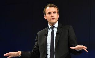 Emmanuel Macron en meeting au Mans, le 11 octobre 2016.