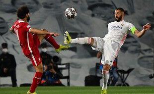 Deuxième round entre Mohamed Salah et Karim Benzema attendu en Angleterre.