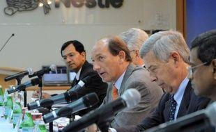 Le géant suisse de l'agroalimentaire Nestlé a annoncé mardi avoir investi environ 4 milliards de francs suisses (3,3 milliards d'euros) pour renforcer son centre de recherche à Singapour.