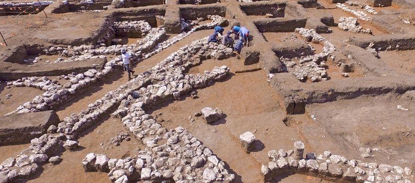 Une cité antique vieille de 5.000 ans a été découverte près de Harish, en Israël.