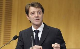 """Le ministre de l'Economie, François Baroin, a assuré lundi que """"tout était fait pour protéger les économies des Français"""", après que Standard and Poor's a menacé d'abaisser la note de 15 pays de la zone euro, dont celle de la France de deux crans."""