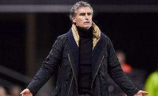Après six saisons et demie de collaboration, le Dijon FCO, pensionnaire de la Ligue 1, se sépare de son entraineur, Oliver Dall'Oglio.