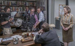 Steven Spielberg et ses acteurs sur le tournage de Pentagon Papers