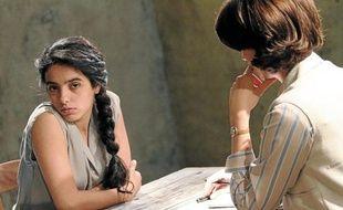 Hafsia Herzi (Djamila Boupacha) et Marina Hands (Gisèle Halimi).