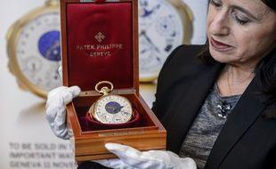 La montre de poche «Graves» de Patek Philippe, exposée par la maison Sotheby's à Genève le 5 novembre 2014.