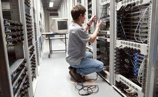 Des équipement réseau d'un fournisseur d'accès à Internet.
