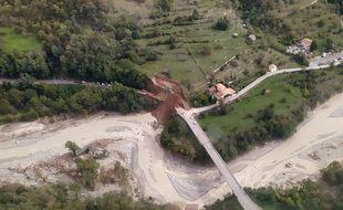 Entre Lantosque et la Bollène-Vésubie, la route a été emportée après le vallon du Mirail