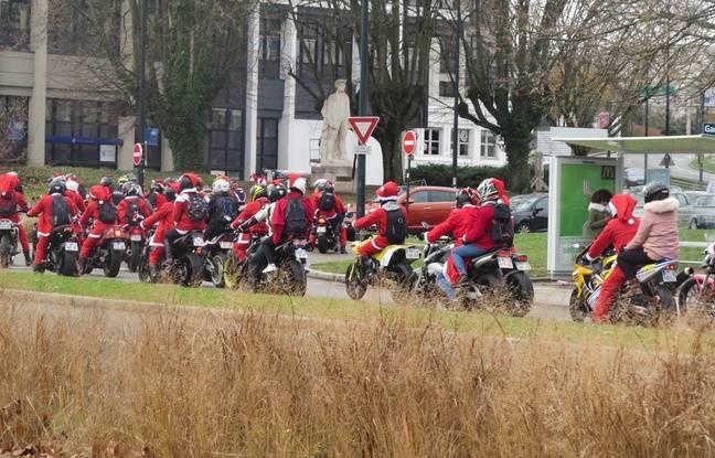 Les pères Noël à moto ont défilé à Nantes ce dimanche