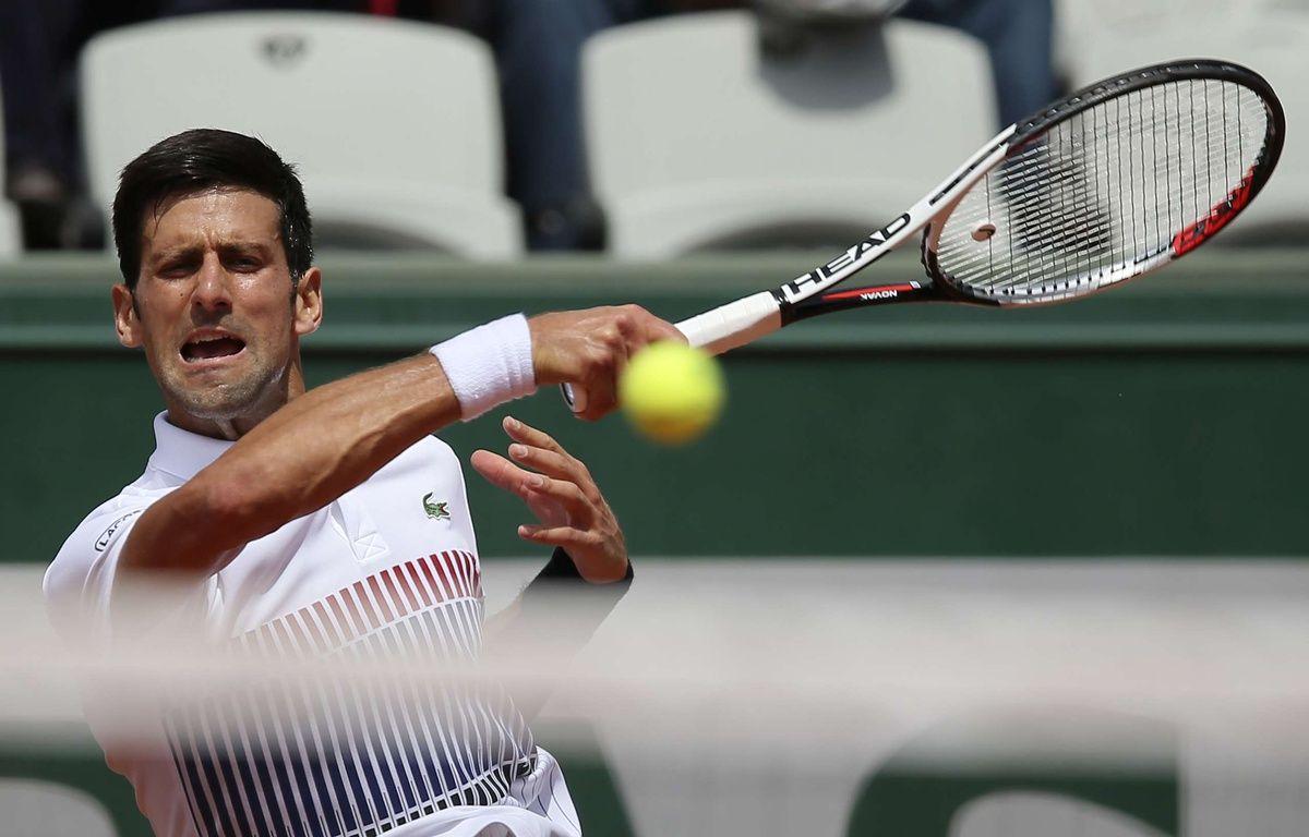 Novak Djokovic remporte son duel contre le Portugais Joao Sousa, Roland Garros, le 31 mai 2017. – David Vincent/AP/SIPA