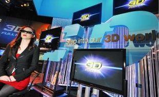 Lunettes etécran 3D en vedette au Salon de l'électronique grand public à Las Vegas.