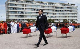 Emmanuel Macron a rendu hommage, le 13 juin 2019, aux trois sauveteurs de la SNSM, Yann Chagnolleau, Dimitri Moulic et Alain Guibert, morts lors d'un sauvetage en mer, le 7 juin 2019 aux Sables d'Olonne.