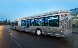 """Les bus Linéo sont reconnaissable à leur livrée """"gris et argent"""""""