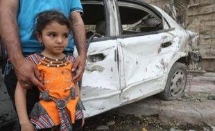 """Le ministre français de l'Immigration Eric Besson a indiqué lundi qu'à la suite de l'attaque contre une église à Bagdad, qui a fait plus de 50 morts, la France était prête à accueillir 150 personnes, en priorité des """"personnes blessées dans l'attentat et leurs familles""""."""