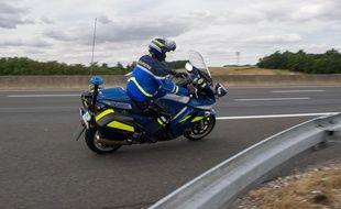 Les motards de la police et de la gendarmerie sont formés depuis des années à cette technique.