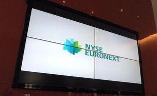 Le rapport sur l'avenir de la Bourse de Paris, qui devait être dévoilé début juillet, est repoussé à l' automne, compte tenu du temps qu'il faudra aux régulateurs boursiers pour examiner dans son ensemble le rachat de NYSE Euronext par l'américain ICE