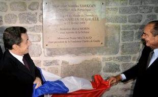 Le chef de l'Etat a dévoilé une plaque commémorative à l'entrée du monument, qu'il a ensuite visité avec de nombreuses personnalités, dont son prédécesseur Jacques Chirac, à l'origine du lancement de ce projet en 2002.