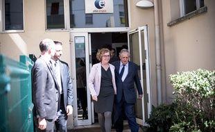 Muriel Pénicaud et Jacques Mézard visitent une agence Pôle emploi à Clichy-sous-bois, le 17 avril 2018.