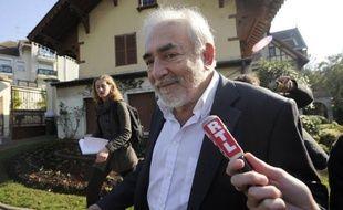 Les avocats de Dominique Strauss-Kahn ont demandé une masse d'informations au Sofitel, dans le cadre de la procédure civile entamée à New York contre DSK par la femme de chambre Nafissatou Diallo.