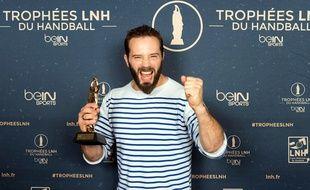Le handballeur cessonnais Mathieu Lanfranchi, élu meilleur pivot de LNH pour la saison 2015-2016.
