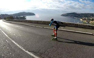 Daniel Mihalcea s'entraîne sur les pistes et les routes entre Nice et Cannes.