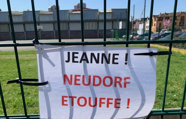 A private real estate project threatens the public sports ground in Neudorf.  Strasbourg on March 31, 2021.