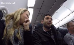 Capture d'écran de la vidéo tournée par la jeune femme dans le vol Las Vegas-Philadelphie.