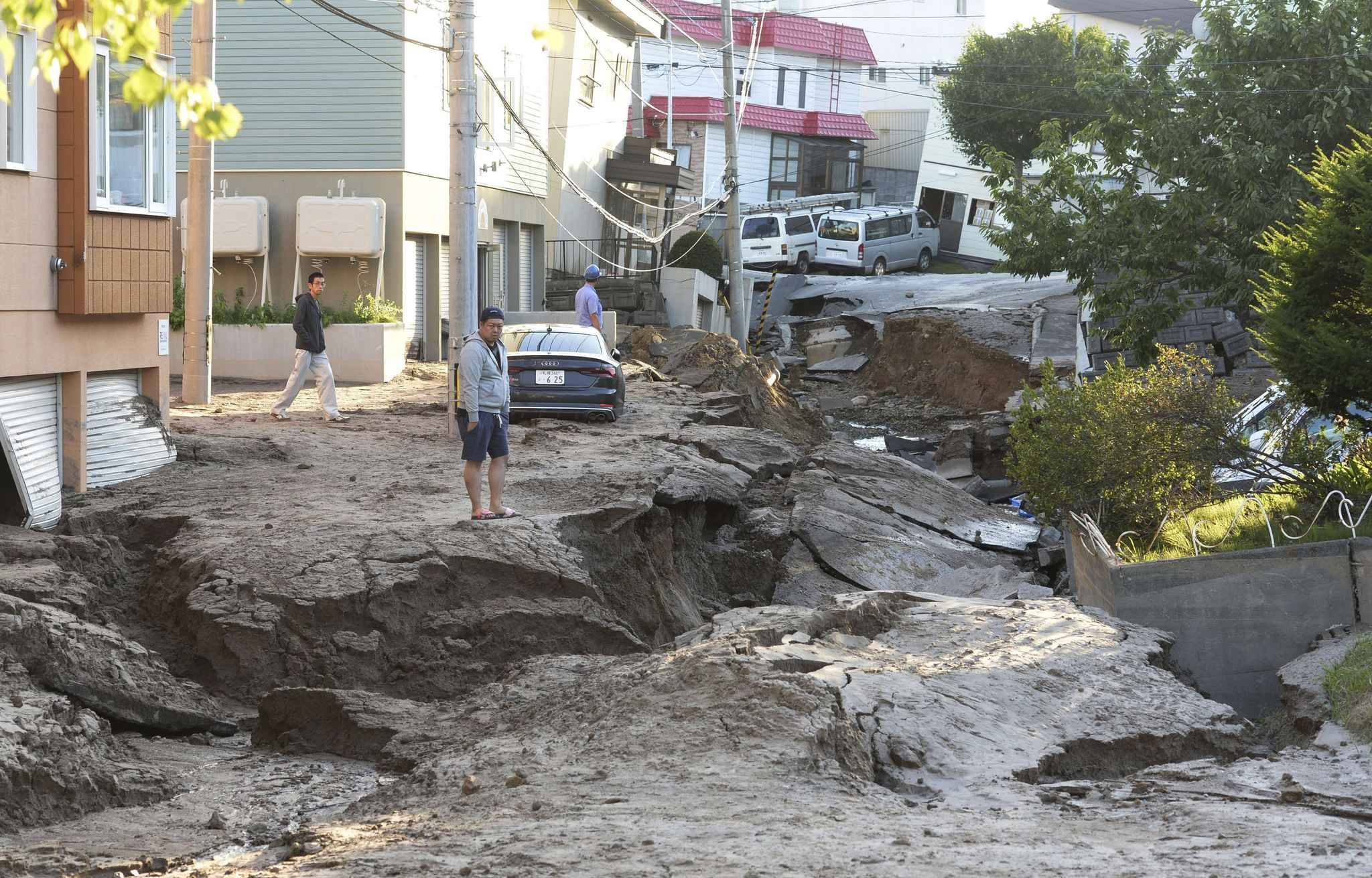 The road is destroyed in a phenomenon called liquefaction due to the huge earthquake in Sapporo City, Hokkaido Prefecture on September 6, 2018. The severe earthquake registering 7 on the Japanese seismic scale in Atsuma Town, Iburi district of Hokkaido occurred at a.m. 3 on September 6th. According to the Meteorological Agency, the depth of the epicenter was estimated to be about 37 kilometers, and the indicative magnitude was estimated to be 6.7.