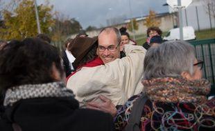 Vincenzo Vecchi a été accueilli par ses soutiens vendredi à sa sortie de prison.