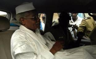 La justice sénégalaise a rejeté mercredi pour vice de forme la demande d'extradition en Belgique de l'ancien chef d'Etat tchadien Hissène Habré, poursuivi pour crimes contre l'humanité et réfugié à Dakar depuis sa chute en 1990, a-t-on appris auprès du ministère de la Justice.