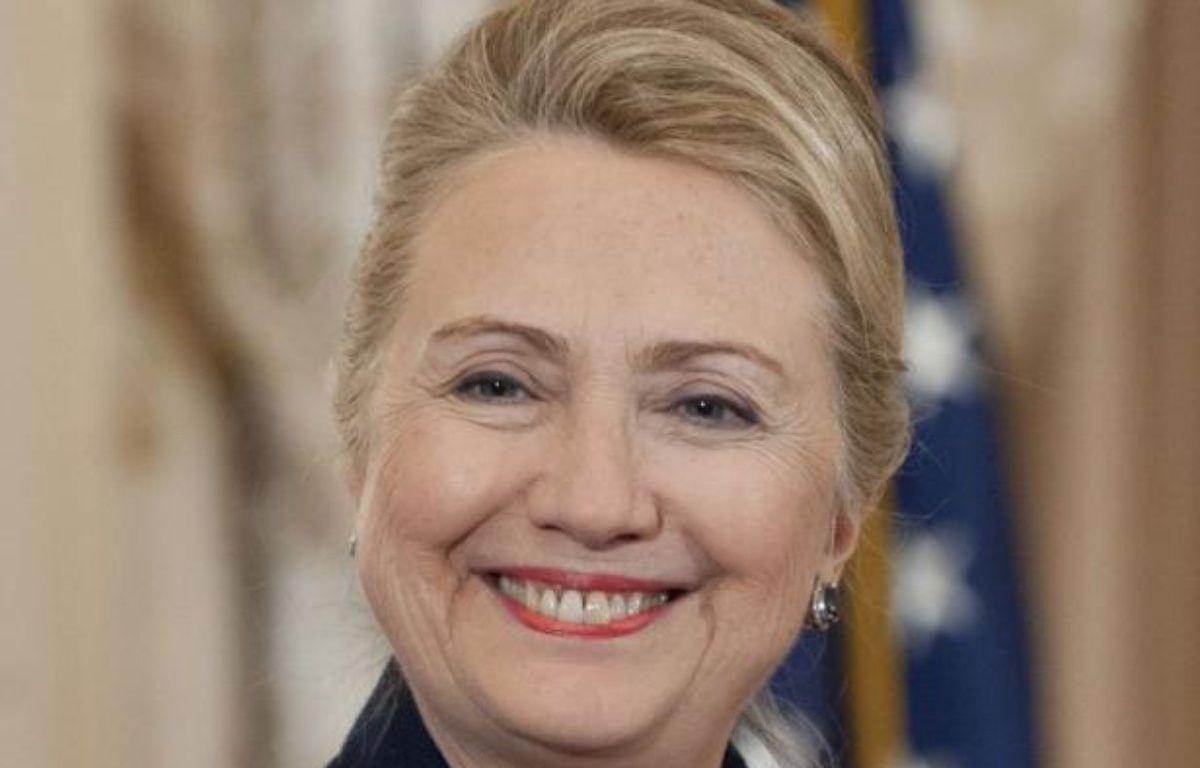 """La secrétaire d'Etat américaine Hillary Clinton, hospitalisée à New York, a un caillot de sang situé entre le cerveau et le crâne mais ses médecins assurent que cela n'a eu aucun impact neurologique et tablent sur un """"rétablissement complet"""". – Saul Loeb afp.com"""