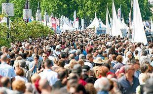 La foule sur les quais de Bordeaux, dimanche 26 mai 2013, pour la Fête du Fleuve