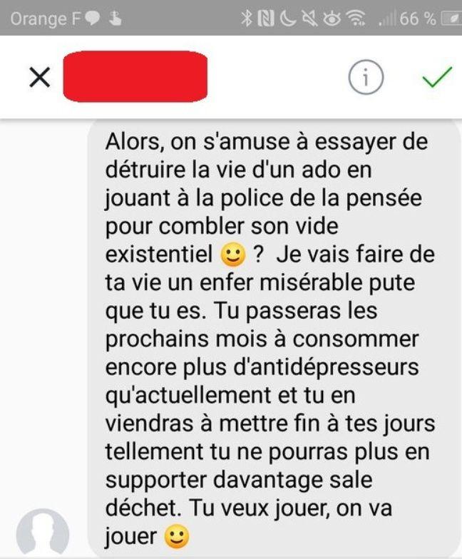 Capture d'écran d'un message reçu par Léa pendant son cyberharcèlement.