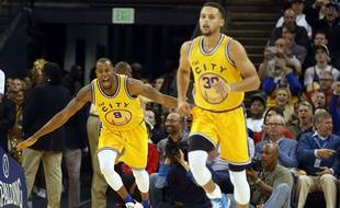 Stephen Curry et André Iguadola emmènent la meilleure équipe de la Ligue.