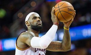 LeBron James des Cleveland Cavaliers contre Orlando le 24 novembre 2014.