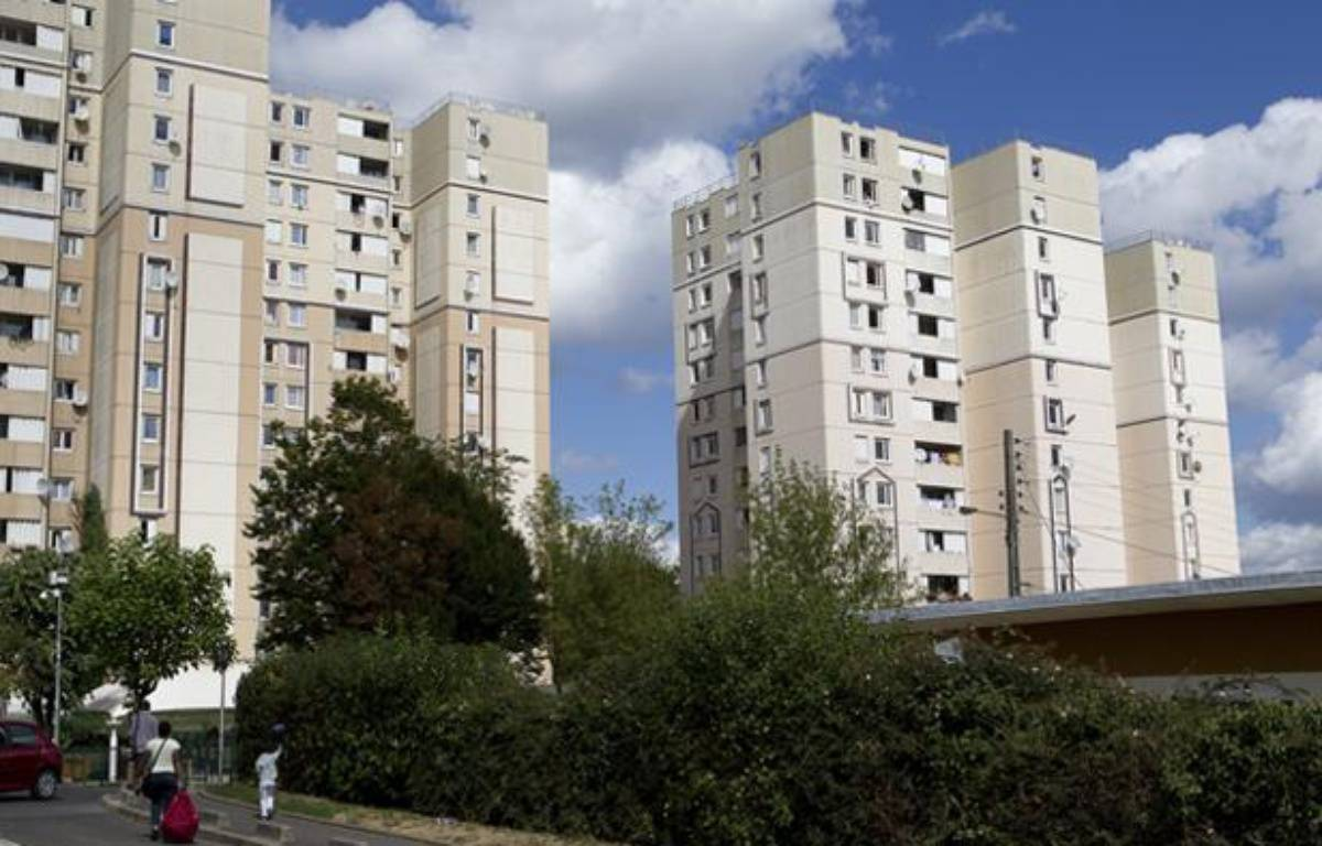 Cité des Tarterêts à Corbeil Essonne en août 2012. – A. GELEBART / 20 MINUTES