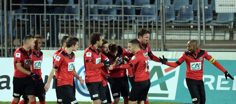 Le club de Boulogne-sur-Mer, notamment, réclamait la tenue de barrages pour accéder à la Ligue 2.