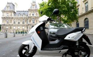 Le service de location de scooters électriques en libre accès Cityscoot sera disponible à partir de mardi à Paris