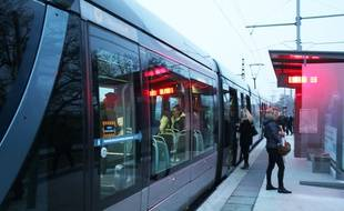 Le prolongement de la ligne C du tramway dessert la gare de Blanquefort
