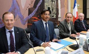 Lakshmi Mittal a exclu une aciérie électrique à Florange mais évoqué des investissements à Dunkerque et Fos mercredi à l'Assemblée, où il a livré un discours libéral mais plaidé pour du protectionnisme en Europe, selon des députés.