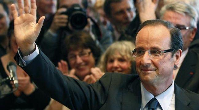 François Hollande, lors de l'annonce de sa candidature aux primaires socialistes, le 31 mars 2011 à Tulle en Corrèze. – REUTERS/Regis Duvignau