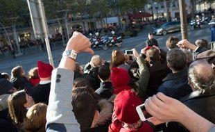 Manifestation au passage de François Hollande lors des cérémonies du 11 novembre, en 2013.