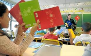 Hier, à l'école élémentaire Gliesberg, passage en revue des indispensables cahiers de classe.