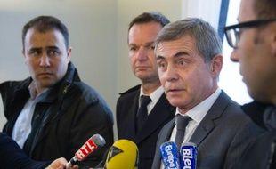 Le procureur Dominique Alzeari lors d'une déclaration à la presse le 10 octobre 2015 à Mulhouse