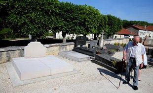 La tombe du Général de Gaulle à Colombey-les-deux-Eglises en mai 2017.