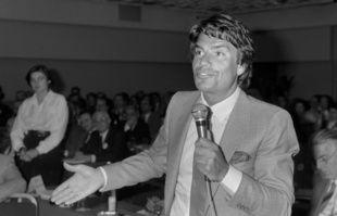 Un forum organisé par le journal «L'Expansion», le 12 avril 1984.